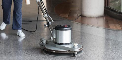 macchinari per pulire i pavimenti