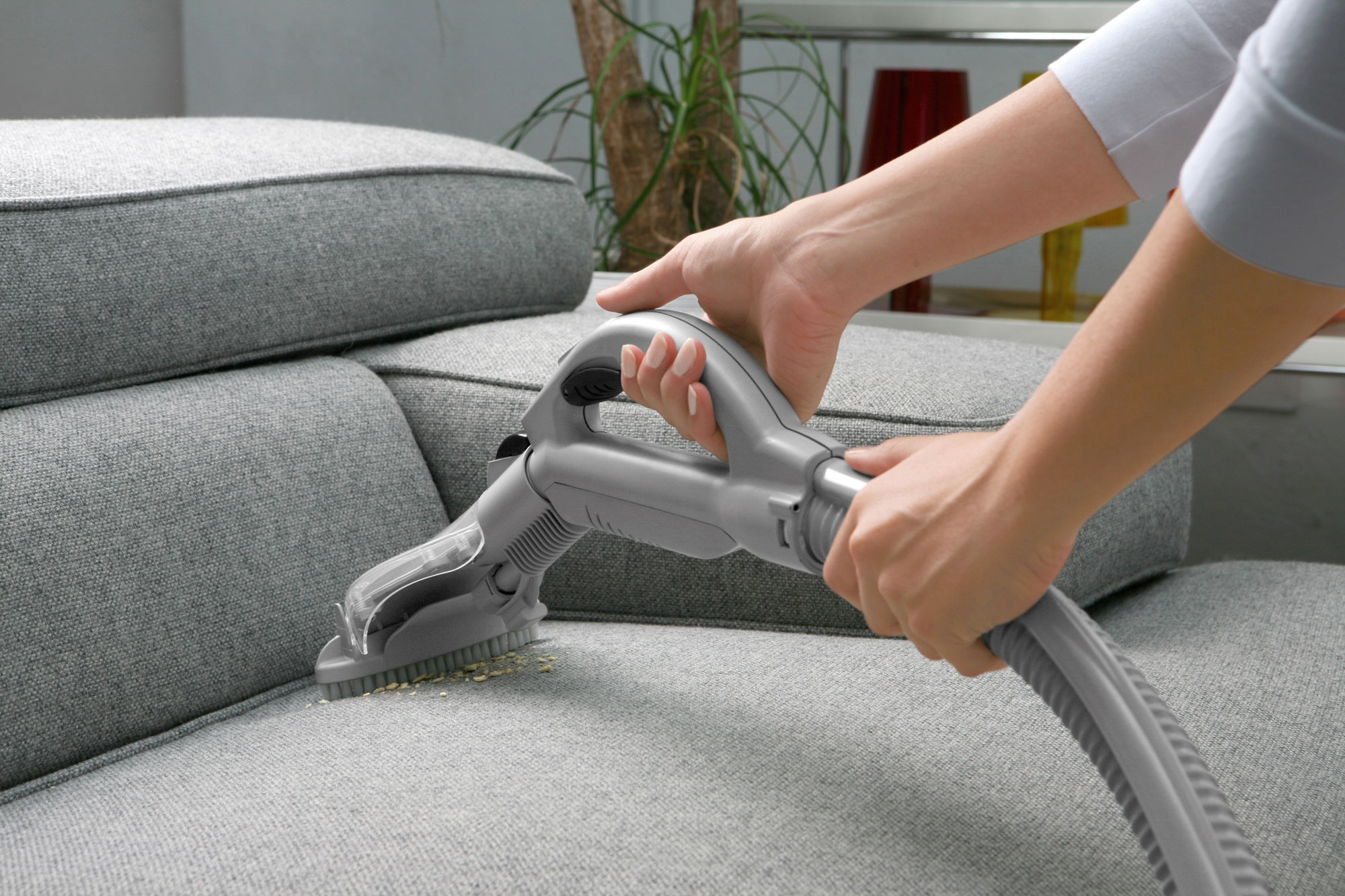 Come Pulire Il Divano come lavare i rivestimenti di sedie, poltrone e divani